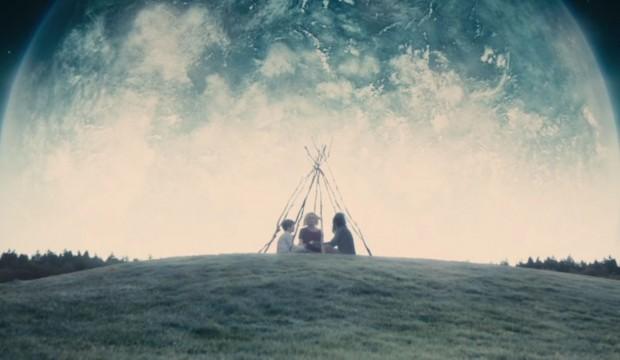 кадр из фильма Ларса фон Триера «Меланхолия»
